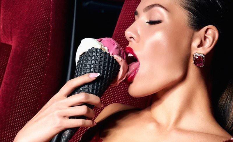 Сексуальная реклама алкомороженого разгневала сладкоежек