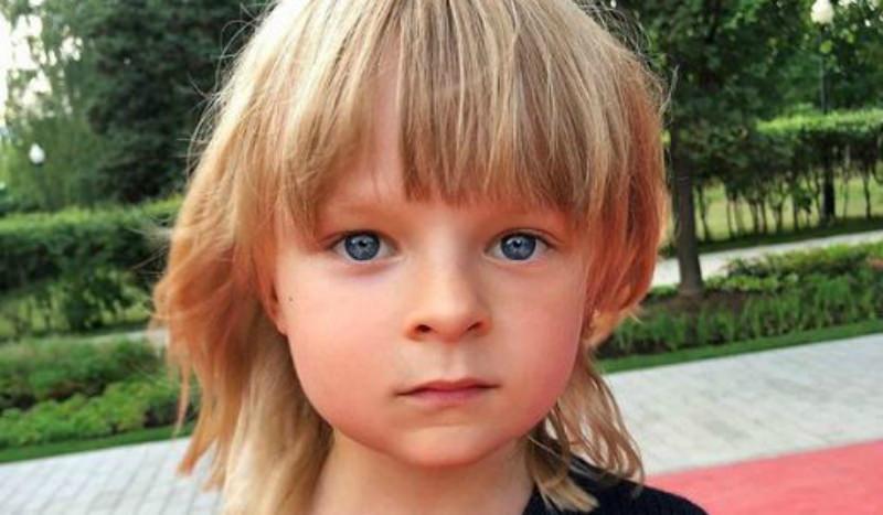 Сына Рудковской отнесли к пятерке самых красивых детей мира