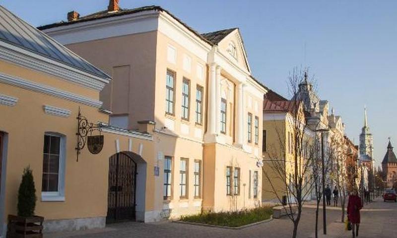 """Власти Тулы продали особняк возле Кремля за 4,5 млн, позже он появился на """"Авито"""" за 35 млн"""