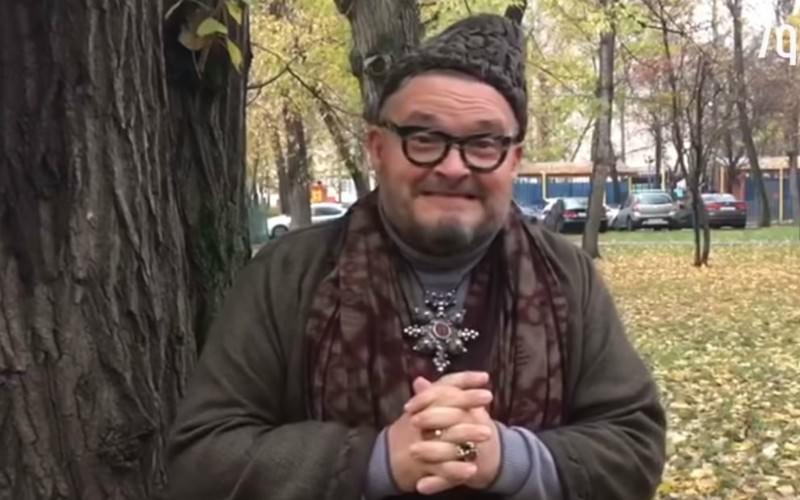 «Вы одеваетесь вульгарно»: Васильев утер нос обиженной Дакоте