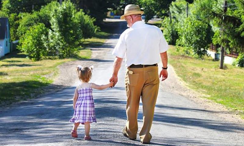 Всемирный банк назвал Россию страной счастливых детей и несчастных стариков
