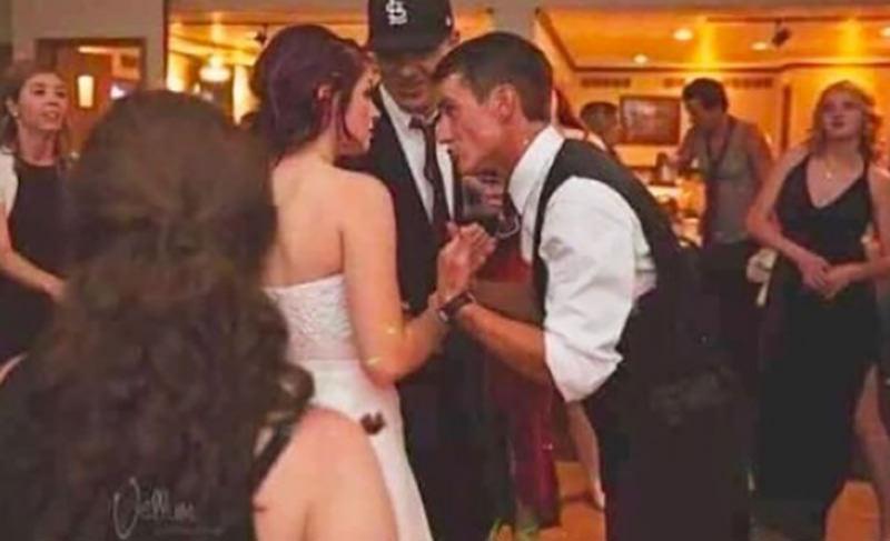 Оптическая иллюзия чуть не испортила репутацию невесты