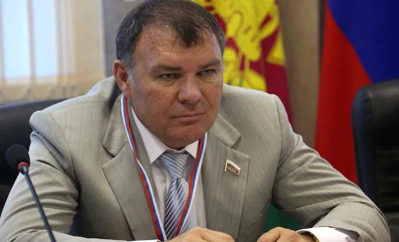 Россиянам порекомендовали самим копить себе на пенсию