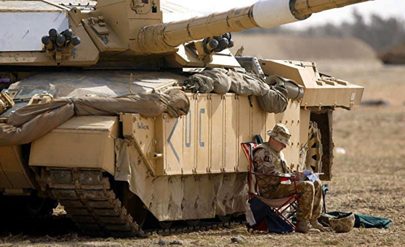 Великобритания инсценирует сражение с силами РФ на военных учениях