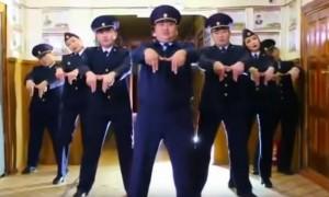 Якутские полицейские танцуют на бис