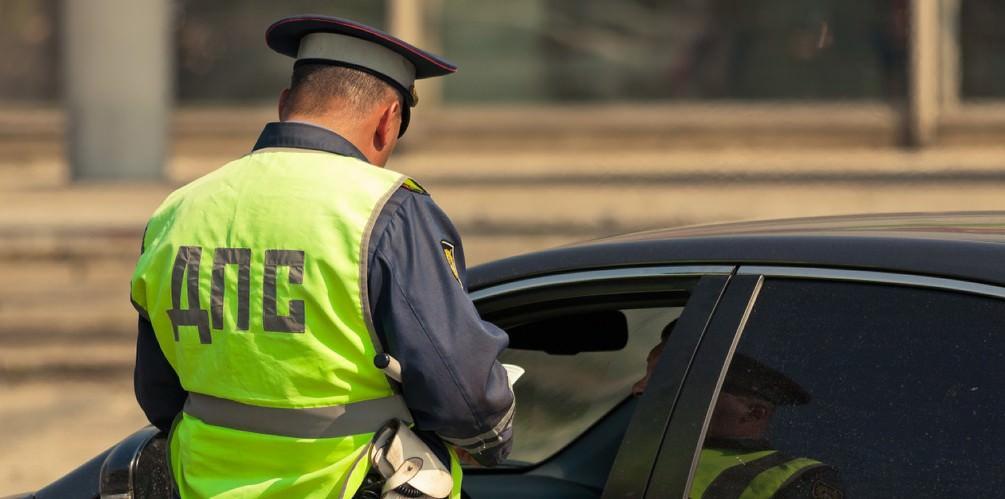 Мелкие штрафы за нарушения ПДД будут списывать со счетов в двукратном размере