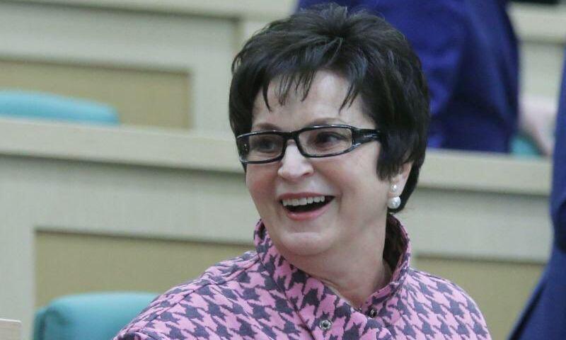 Блокадница призвала гнать сенатора Лахову