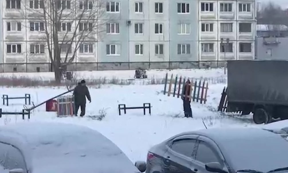 Детская площадка на час
