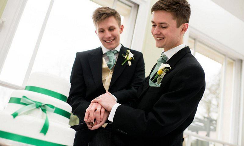 Российский судья в ЕСПЧ выступил за легализацию однополых браков
