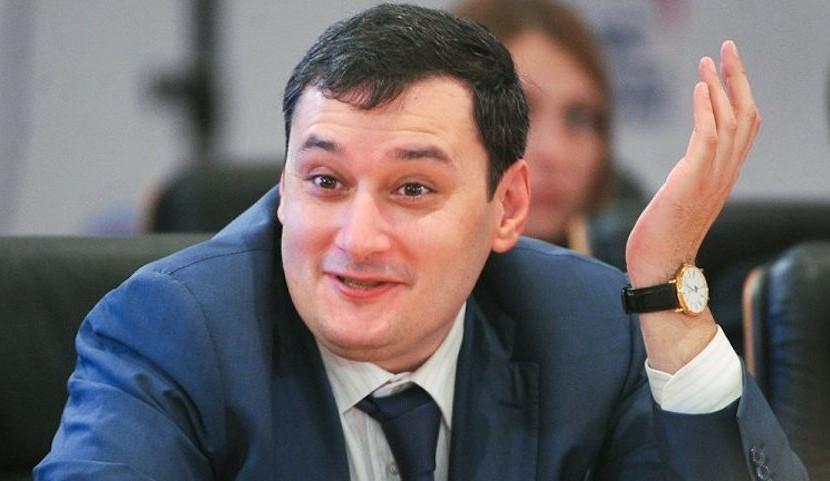 Депутат Госдумы назвал бредом 20-рублевые обеды в парламенте