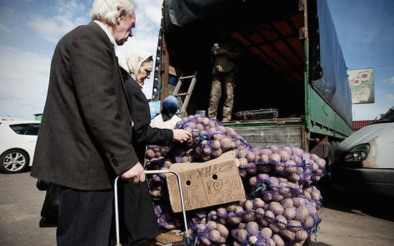 Первый канал учит экономии и бережливости неимущих россиян