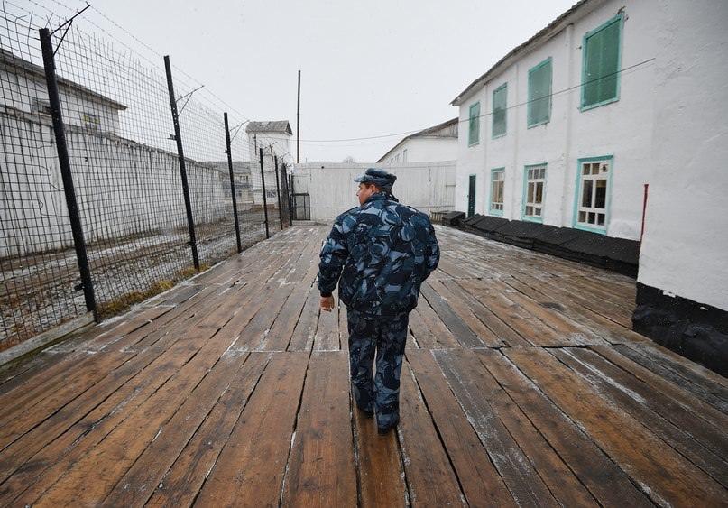 В России закончились колонии для осужденных силовиков