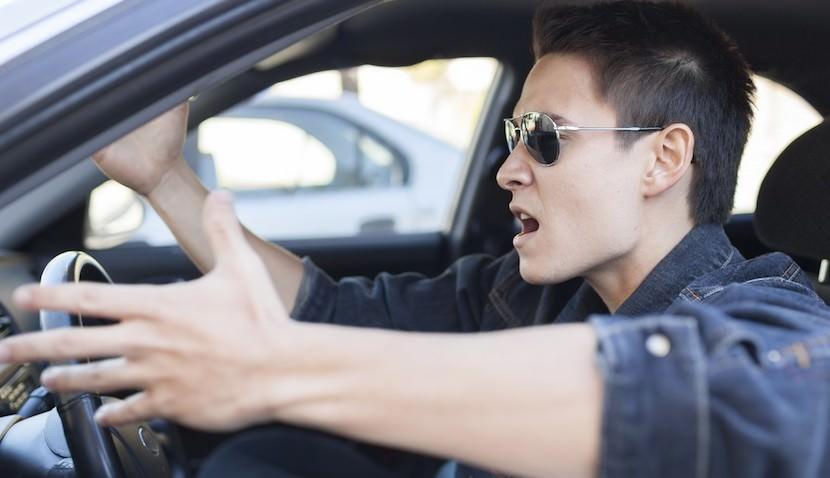 Психиатры предложили Минздраву выдавать водительские права с 21 года