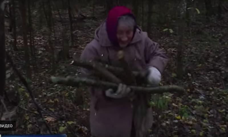 Бабушке всем миром погасили кредит за дрова, чтобы не замерзла