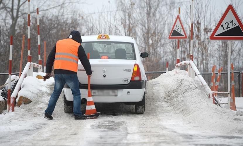 Депутаты хотят ввести повторное обучение в автошколах