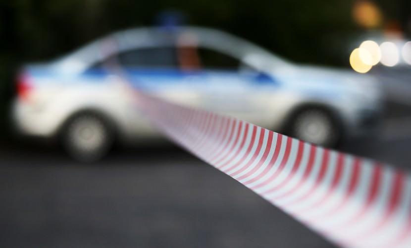 Грузовик упал с обрыва на аквапарк отеля в Ялте