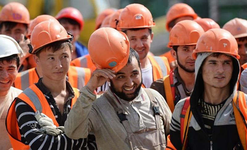 ВЦИОМ: россияне стали лучше относиться к мигрантам