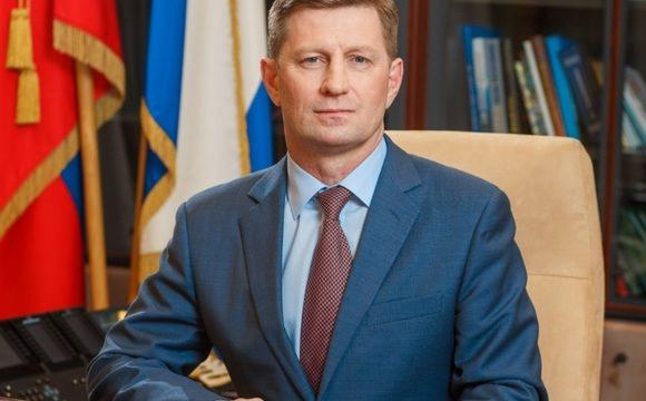 Сергей Фургал предложил пустить премии чиновников на оплату питания школьников