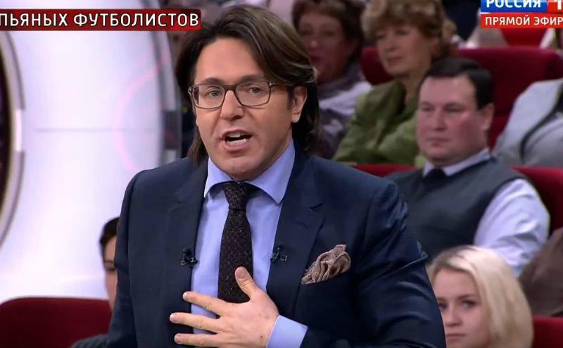 «Мы на федеральном канале!»: Малахов пристыдил Боню за мат в прямом эфире