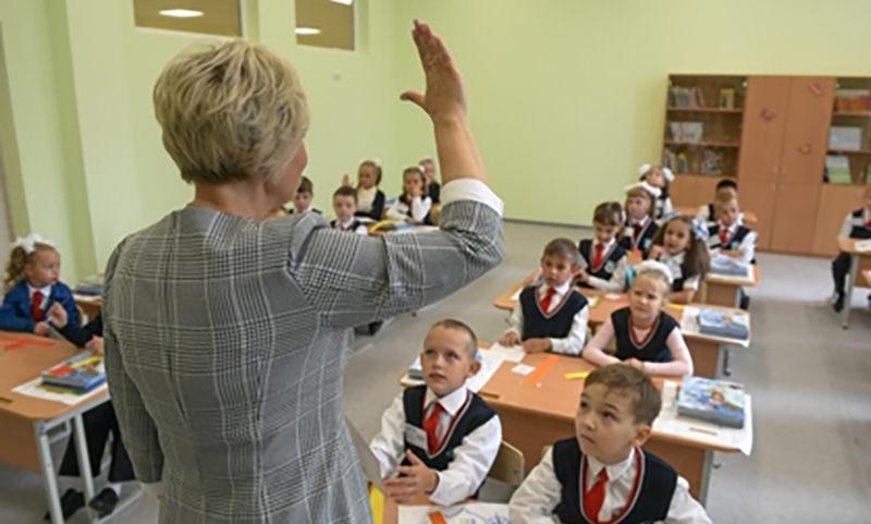 Родителей школьников уличили в выполнении домашнего задания за детей