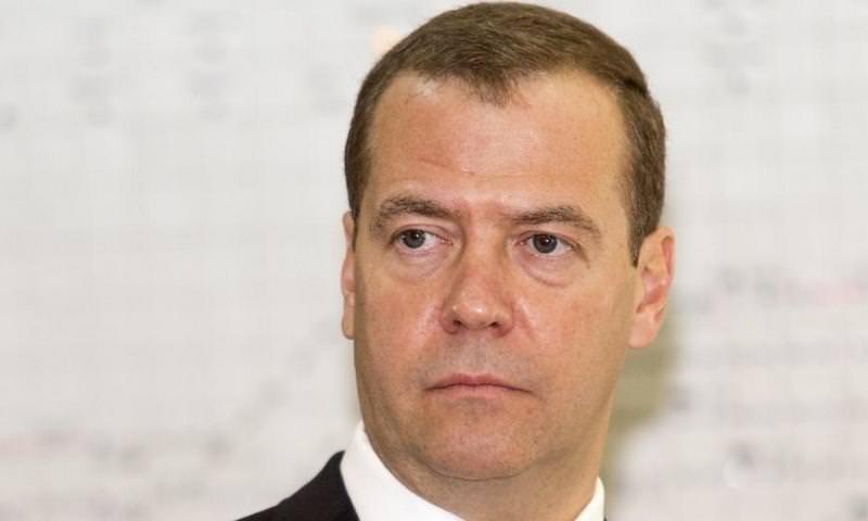 Медведев опубликовал список запрещенных к ввозу из Украины товаров