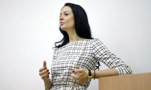 Оскандалившаяся чиновница Глацких осталась без работы