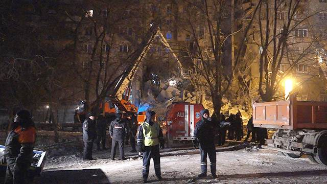 В Магнитогорске после взрыва газа обрушился подъезд жилого дома - Блокнот