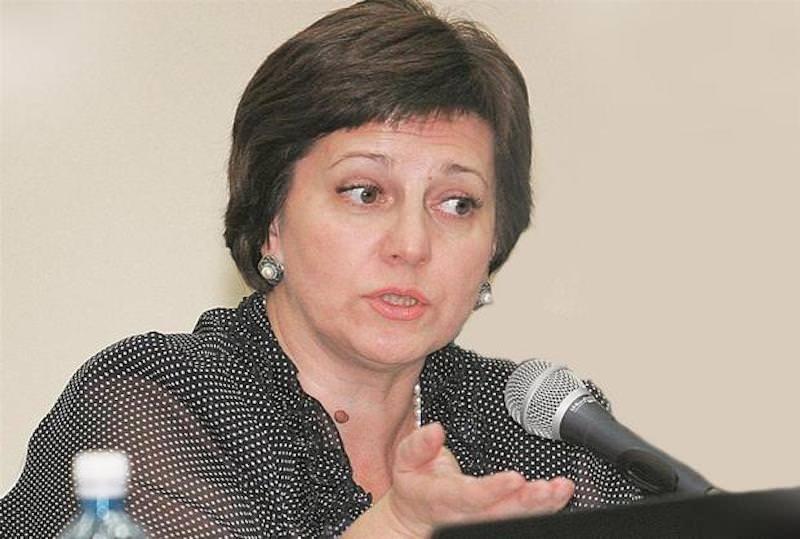 Глацких-2: министр из Саратова предложила завести огород, а не рассчитывать на государство
