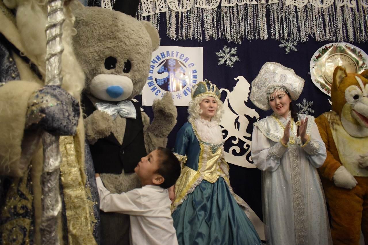 Мэрия провела благотворительный акцию вместо новогоднего корпоратива для себя