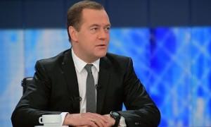«Смотреть смешно на это»: Медведев предложил найти какого-нибудь Месси