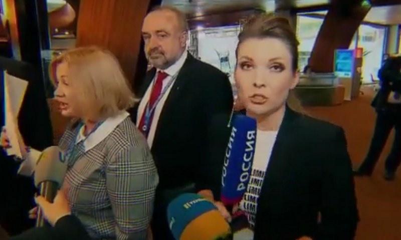 Депутат Рады толкнул и оскорбил российскую журналистку в ПАСЕ