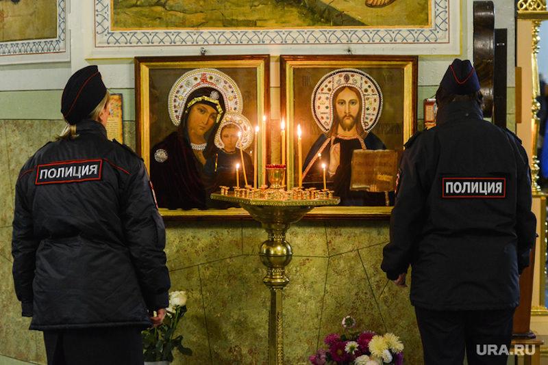 В московском храме мужчина с ножом напал на прихожан