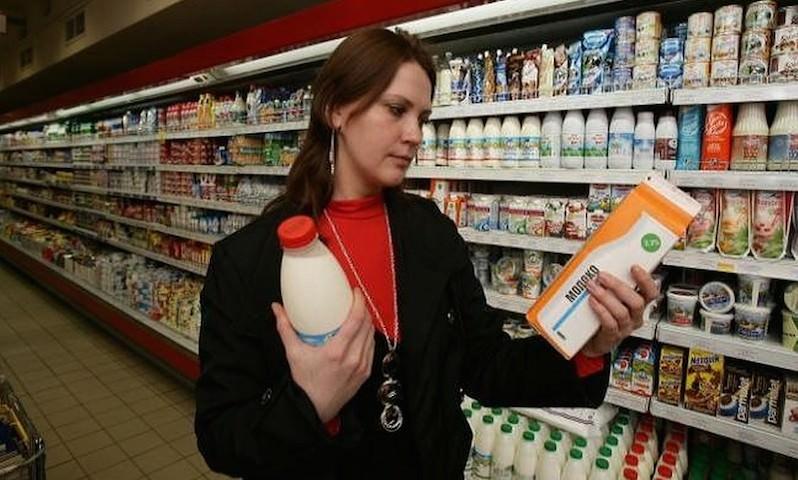 Молоко— отдельно, заменители— отдельно