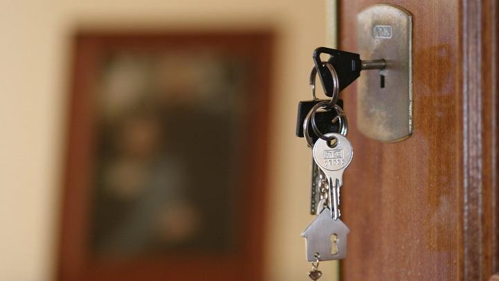 Семья из Барнаула, исправно платившая ипотеку, оказалась на улице
