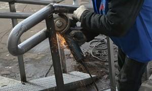 Недовольные соседи  сломали пандус для  ребенка-инвалида в Москве