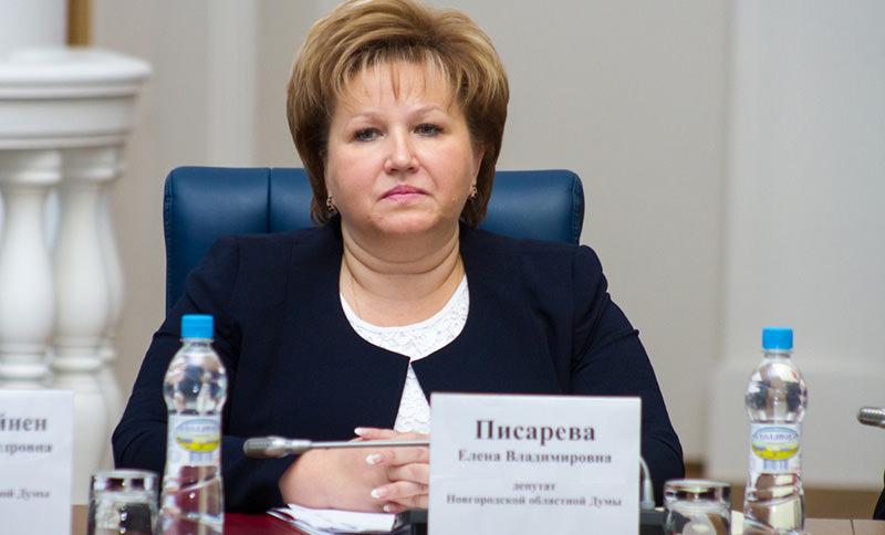 Глава областной думы заявила о ненужности денег россиянкам после 30 лет