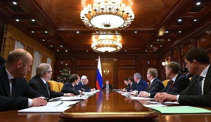 Россияне рассказали, что думают о правительстве Медведева