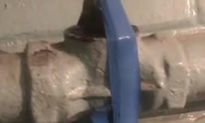 На Урале утечку газа «устранили» изолентой