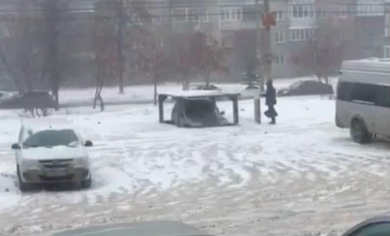 А сверху для жены: челябинец сделал личную парковку под землей