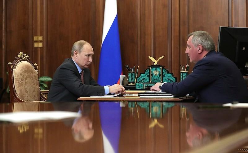 Вогнал в краску: Путин поговорил с Рогозиным о ракетах и космосе