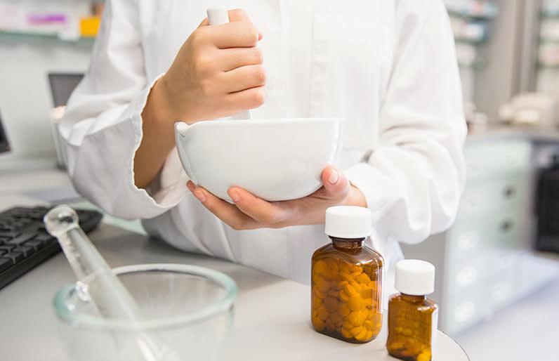 Откровенный фармацевт смешно рассказывает о работе аптек