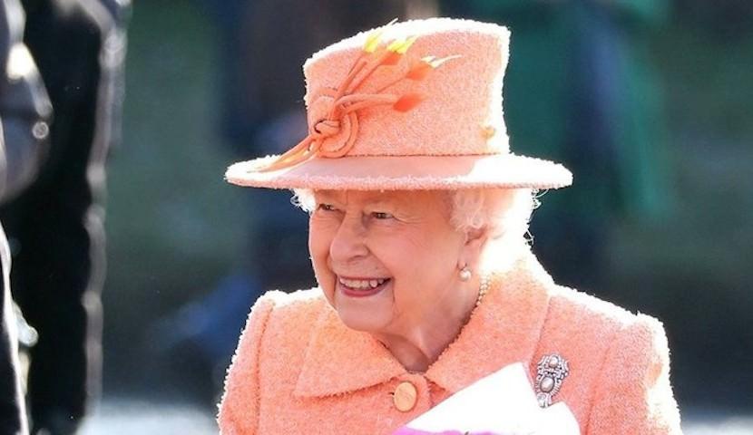 Английская королева написала письмо мальчику из Орска