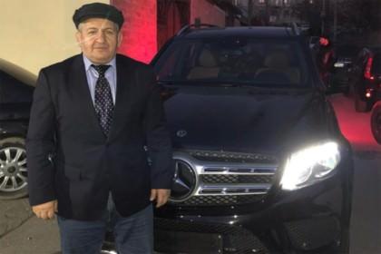 Кадыров подарил отцу Нурмагомедова Mercedes