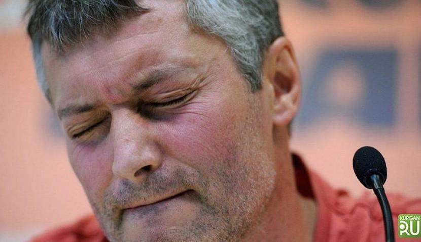 Слетать за 6 млн рублей: траты Рогозина возмутили Ройзмана