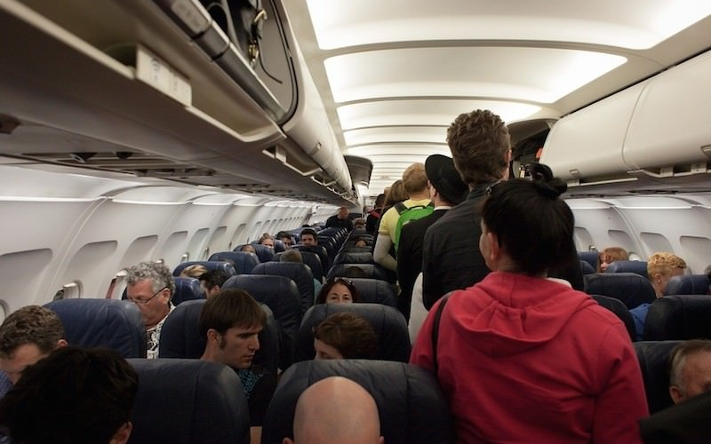 В России начали действовать новые правила посадки в самолет