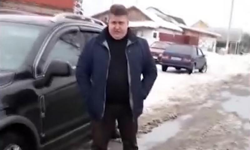 Брянский чиновник вместо помощи местным жителям пообещал