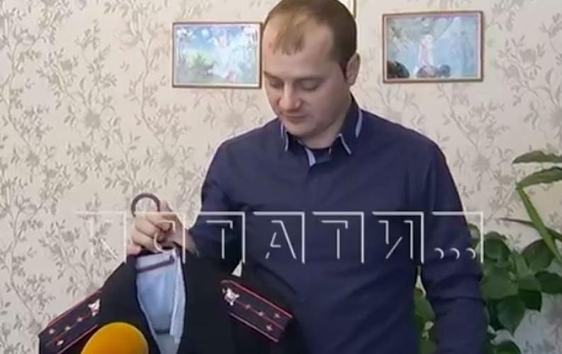 Полицейского осудили за фото прокуроров в обнимку с криминальным авторитетом