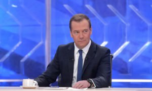 Медведев ответит на вопросы пользователей