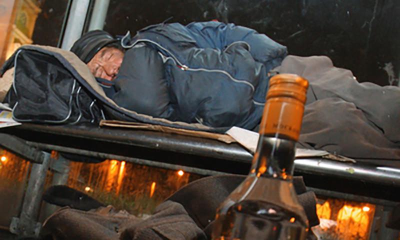 За последние три года россияне стали намного реже умирать от алкоголя