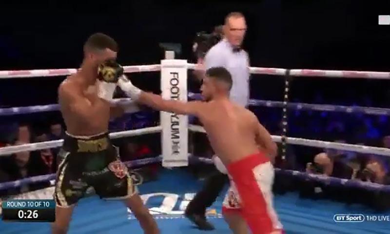 Довыпендривался: боксер побеждал и начал дразнить соперника